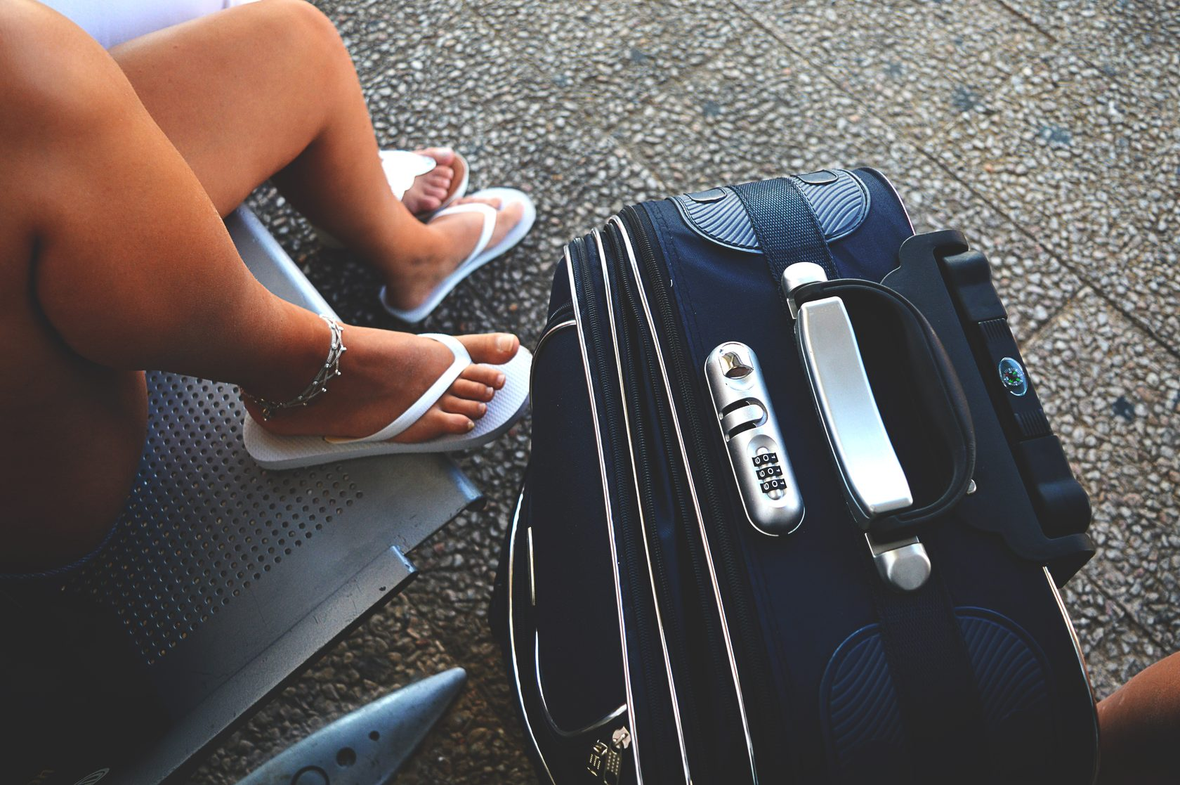 Small, But Must-Have Items to Carry While Travelling