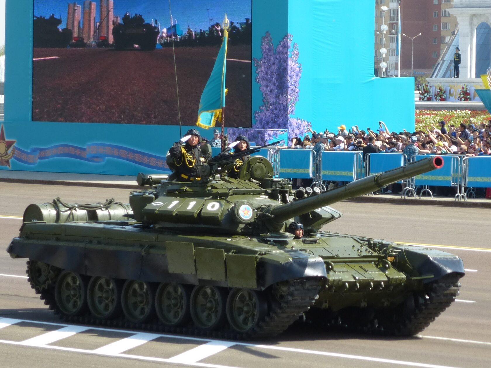 V-46 T-72 battle tank engine