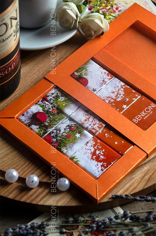 Необычный корпоративный подарок из шоколада в виде пазла с квадратным окошком