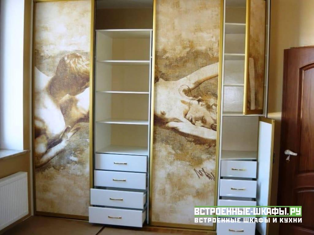 Встроенный шкаф купе на заказ с фресками