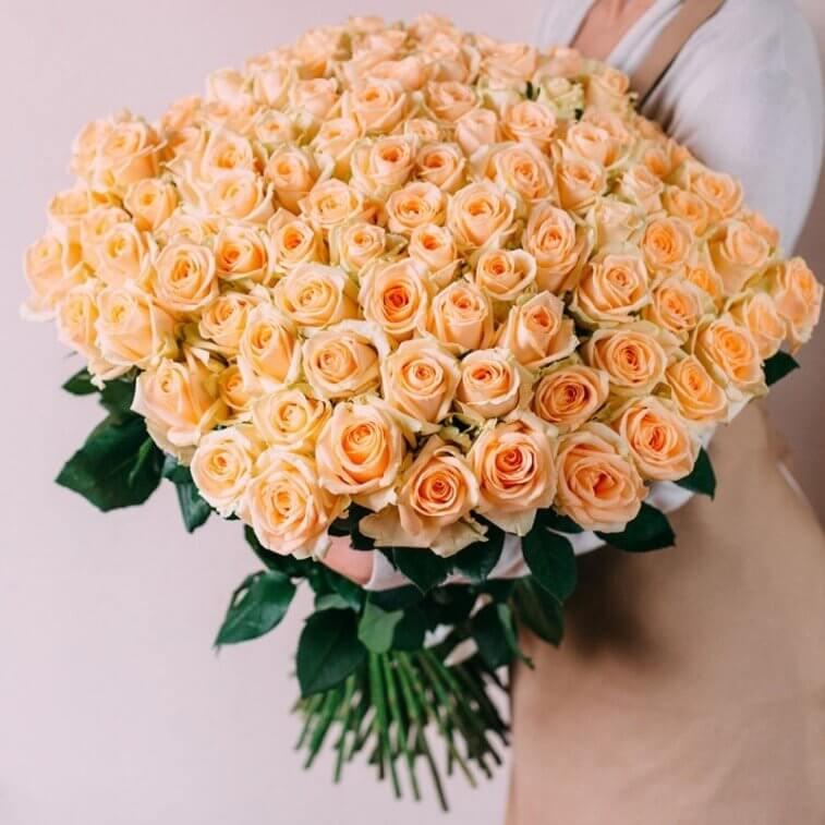 Мужские букеты, букеты розы персикового цвета значение