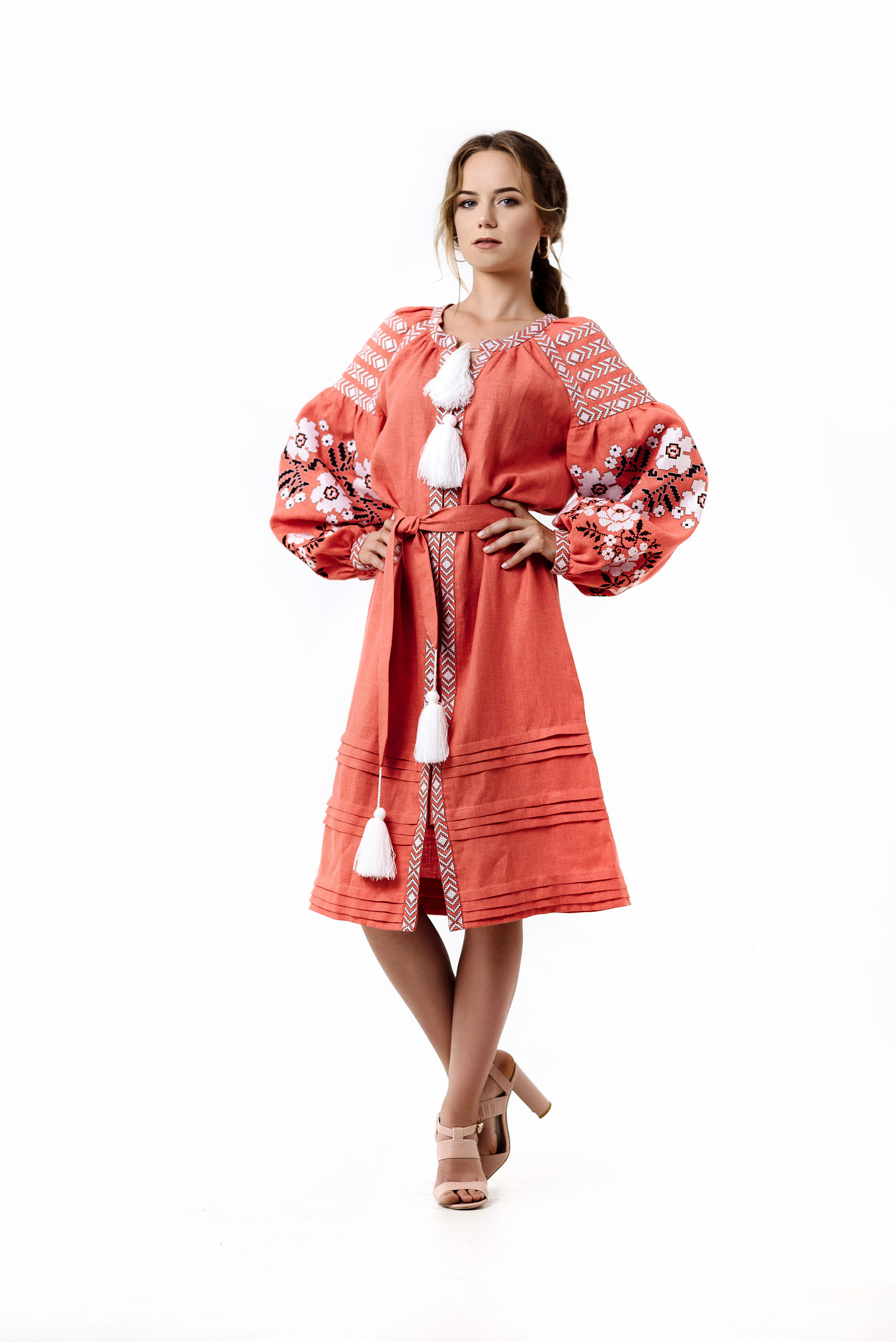 Використання натуральних тканин робить такий одяг не просто модним c31347feff23b