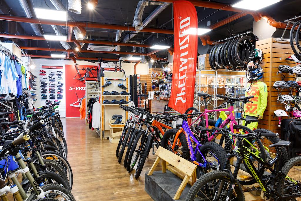 канал ток-шоу магазины велозапчастей в москве того, где работает