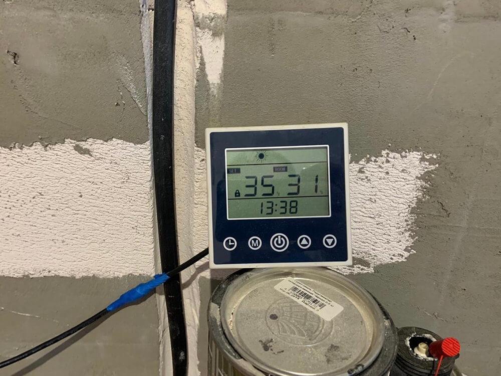 Пульт теплового насоса воздух-вода