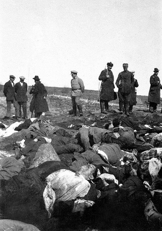 Место массового расстрела  в Анненских укреплениях. 1918 год