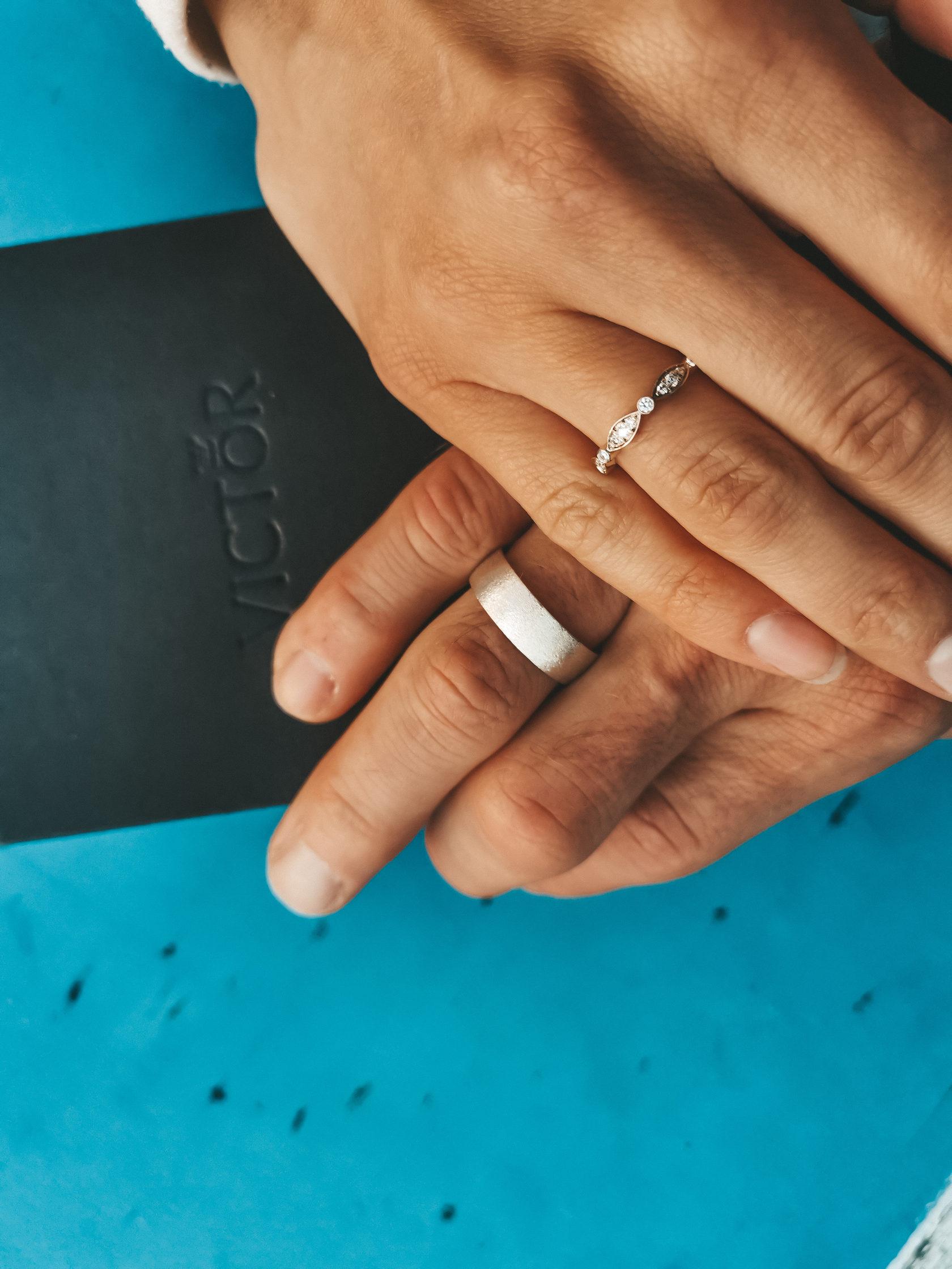 Классические обручальные кольца из белого золота отзывы