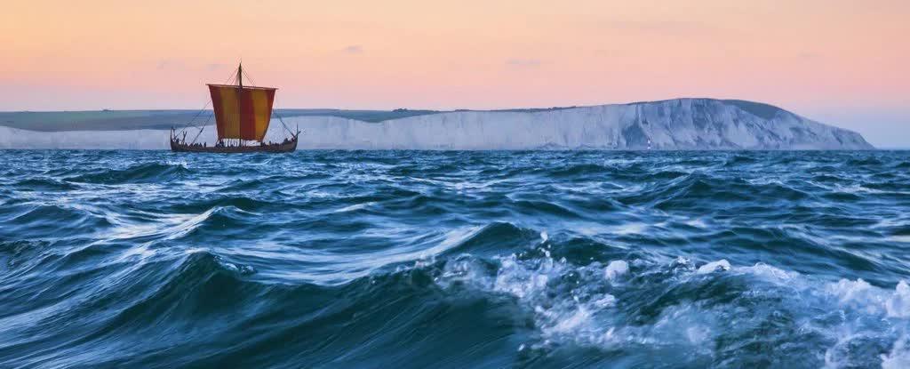 Викинги, бороздящие моря