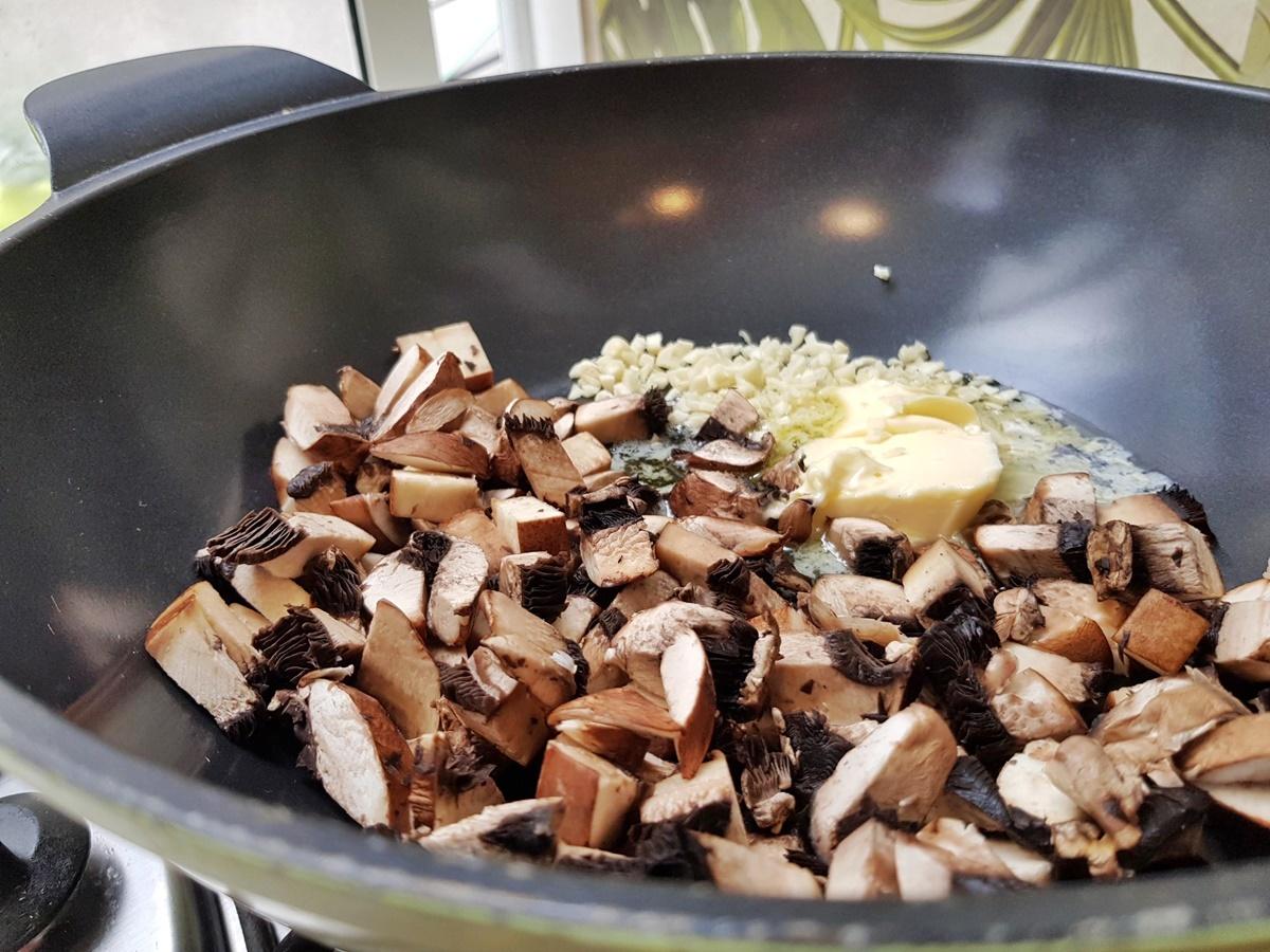 Ризотто (итальянский рис) с грибами. Фото рецепт.