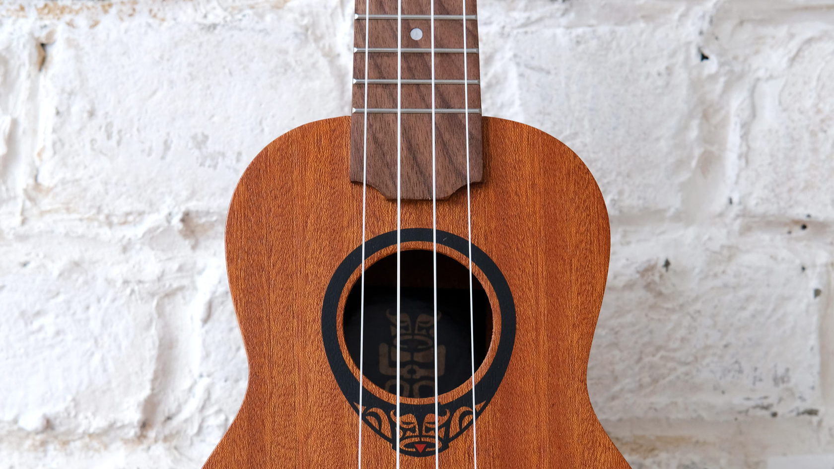Купить укулеле сопрано LAG TKU10S в магазине ukelovers, ukulele LAG