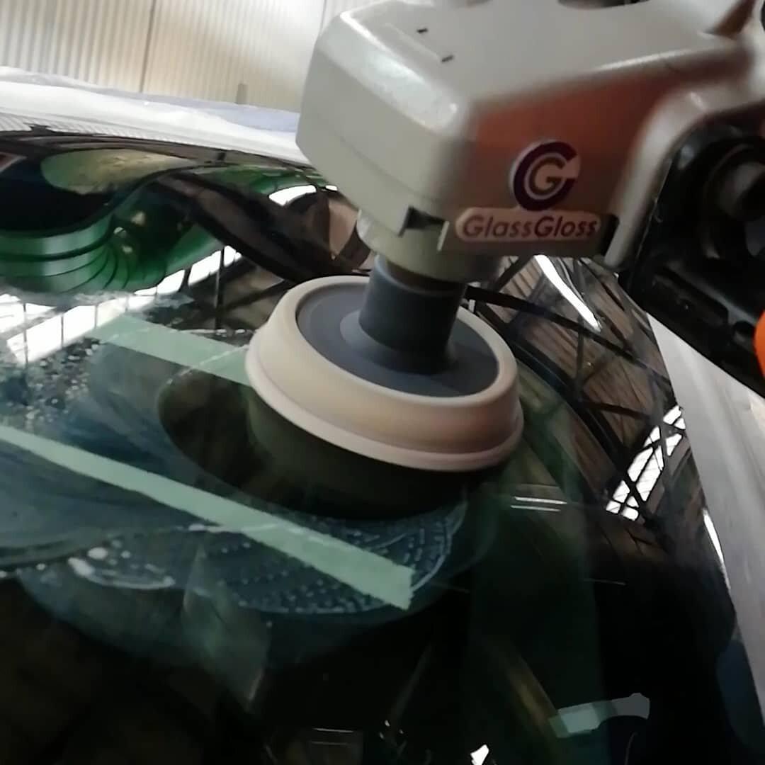 Полировка лобового стекла Glass Gloss