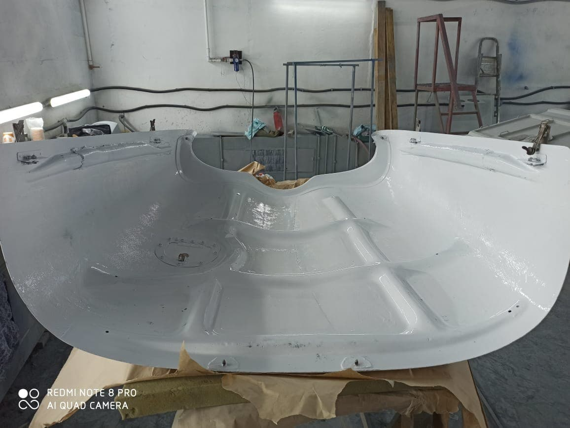 Ремонт и покраска капотов самолета Piper PA-28 Cherokee