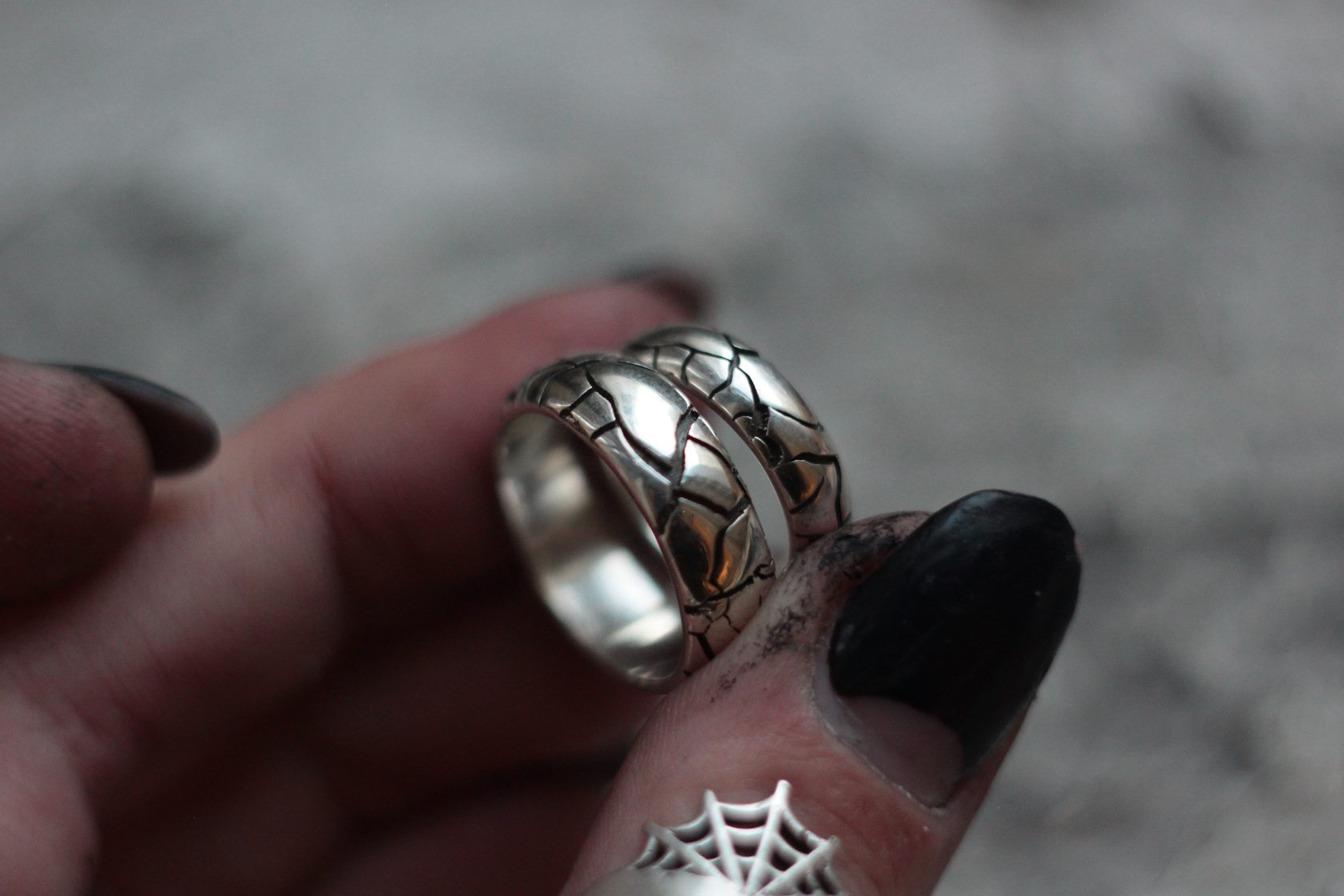 милая, как кольцо давида фото руки
