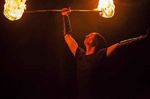 Экспериментальное молодёжное шоу огней «Landos band»