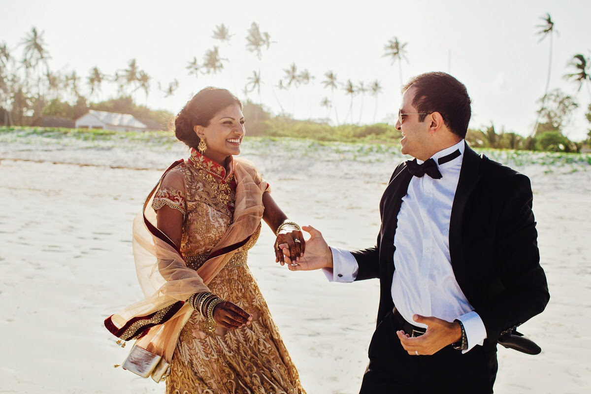 Beach Wedding Ceremony Destined To Gain Family Blessings