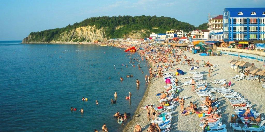 Пляж на курорте Ольгинка, Краснодарский край
