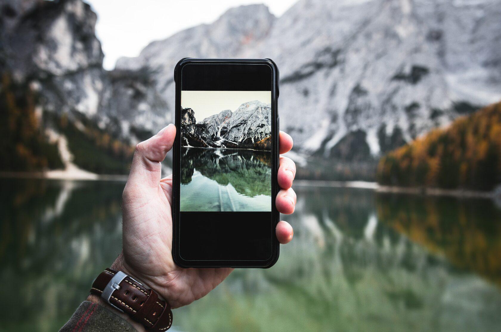 На курсах вам расскажут, как фотографировать на телефон красиво и правильно