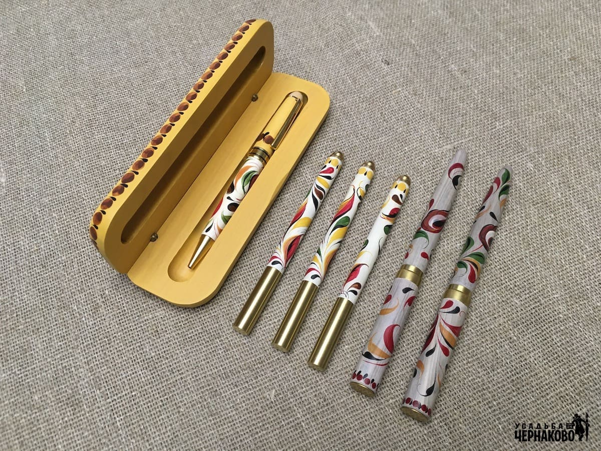белые ручки и наборы ручек для учителя