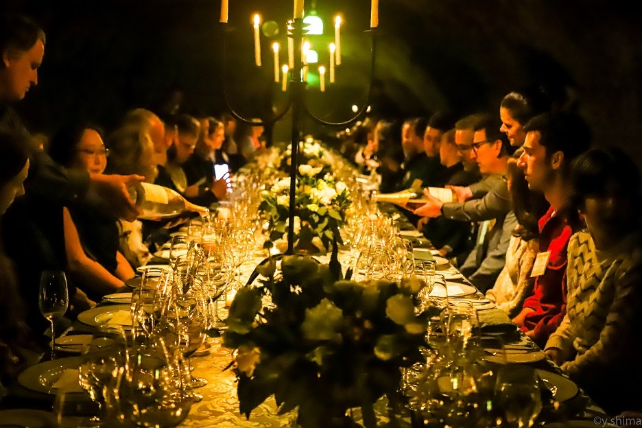 Gorgeous dinner in the Caves