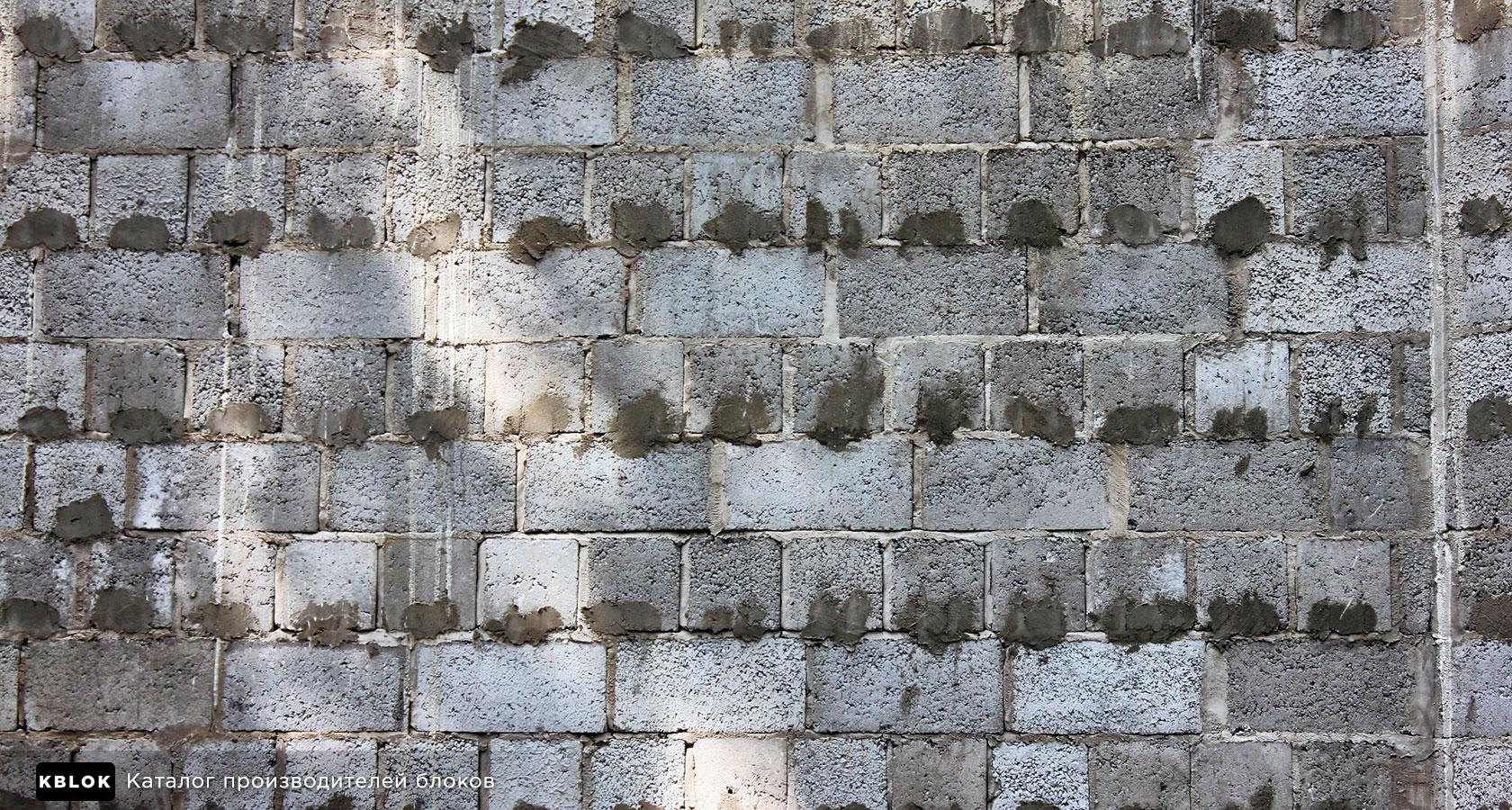 кладка керамзитобетонной стены в один блок