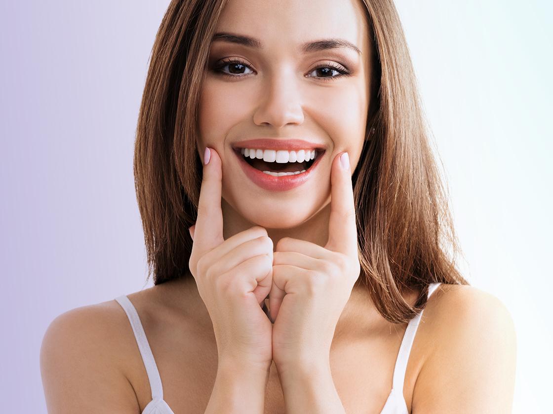 органах владимир симпатичные женские улыбки стоковые фото течение