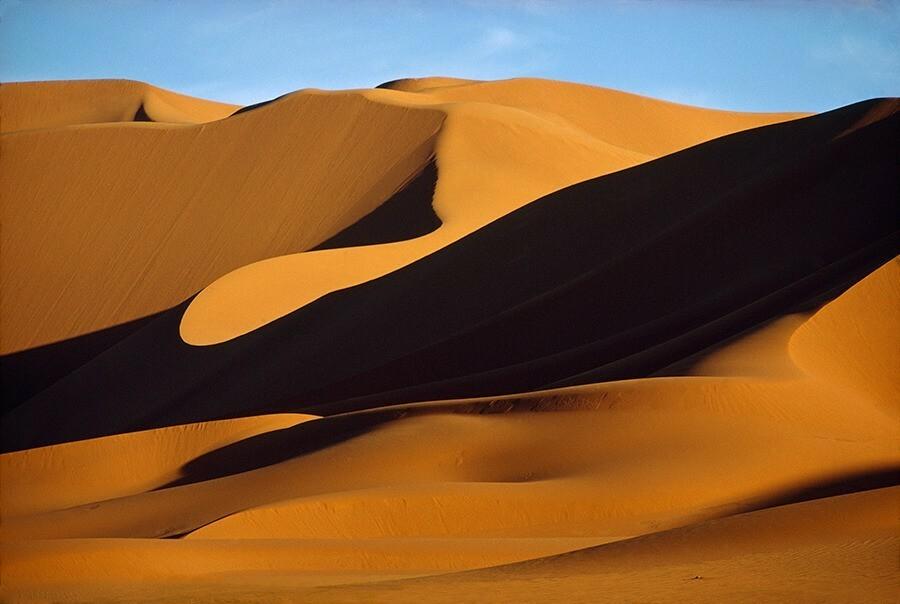 Дюны в Сахаре, Алжир, 1973. Фотограф Томас Дж. Аберкромби