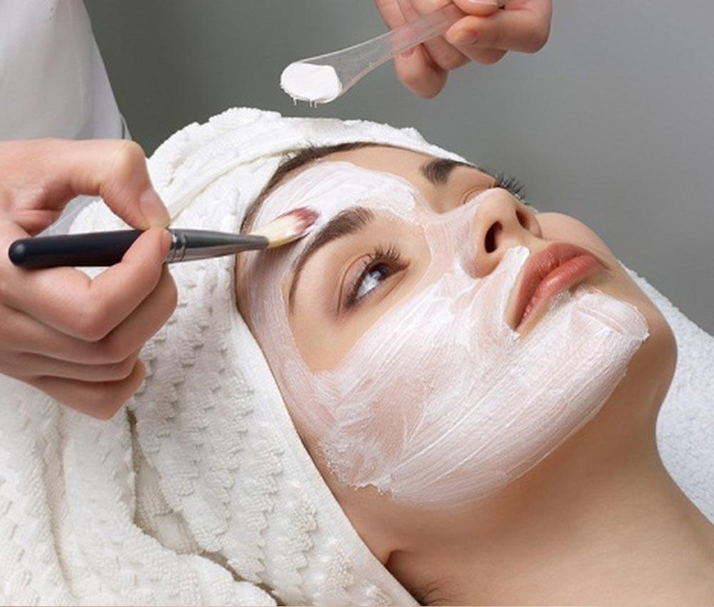 Ультрозвуковая чистка лица в Анталии