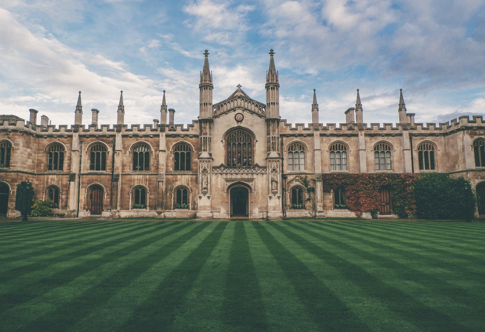 Top 5 Literary Destinations of England