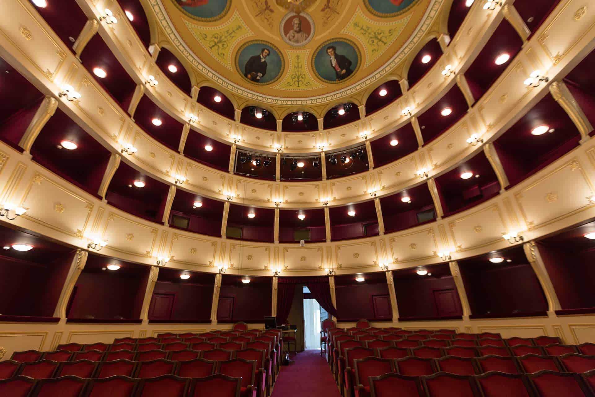 appollon-theater