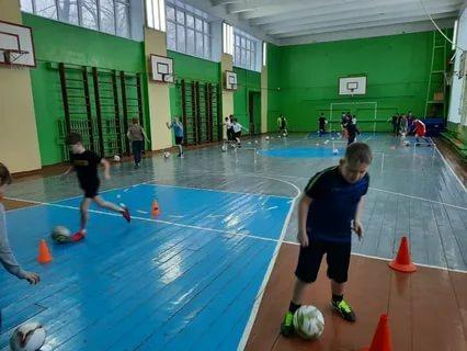Спортивный инвентарь (маты, мячи, конусы, секундомеры, скакалки, медболы) для Школы №9 в г.Ковров