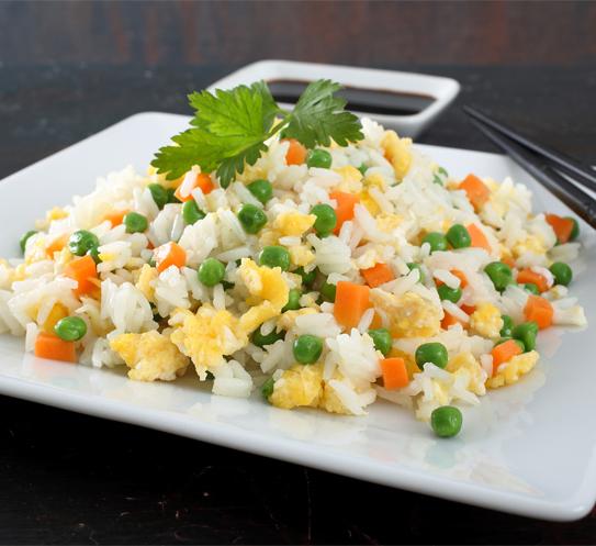 Пържен ориз Krina с яйца и зеленчуци