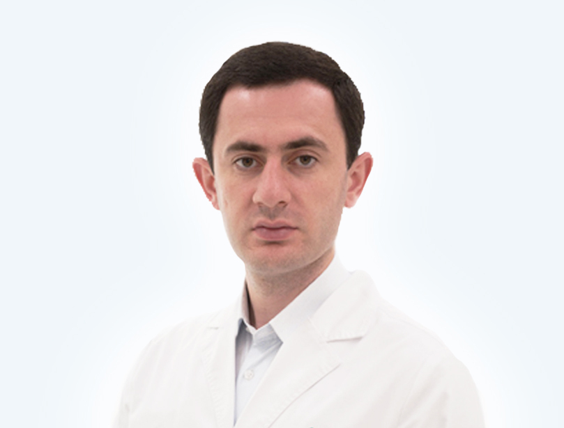 Спикер мероприятия Пластика десны в области зубного имплантата