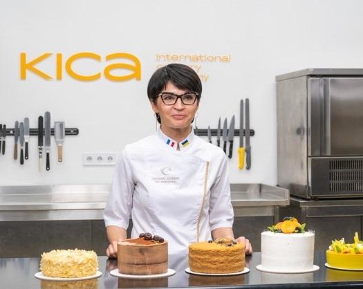 pastry chef Vitalina Petrunok