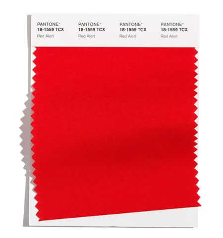 Ярко червеното Red Alert е от модерните цветове за есен / зима 2021/22 според Pantone.