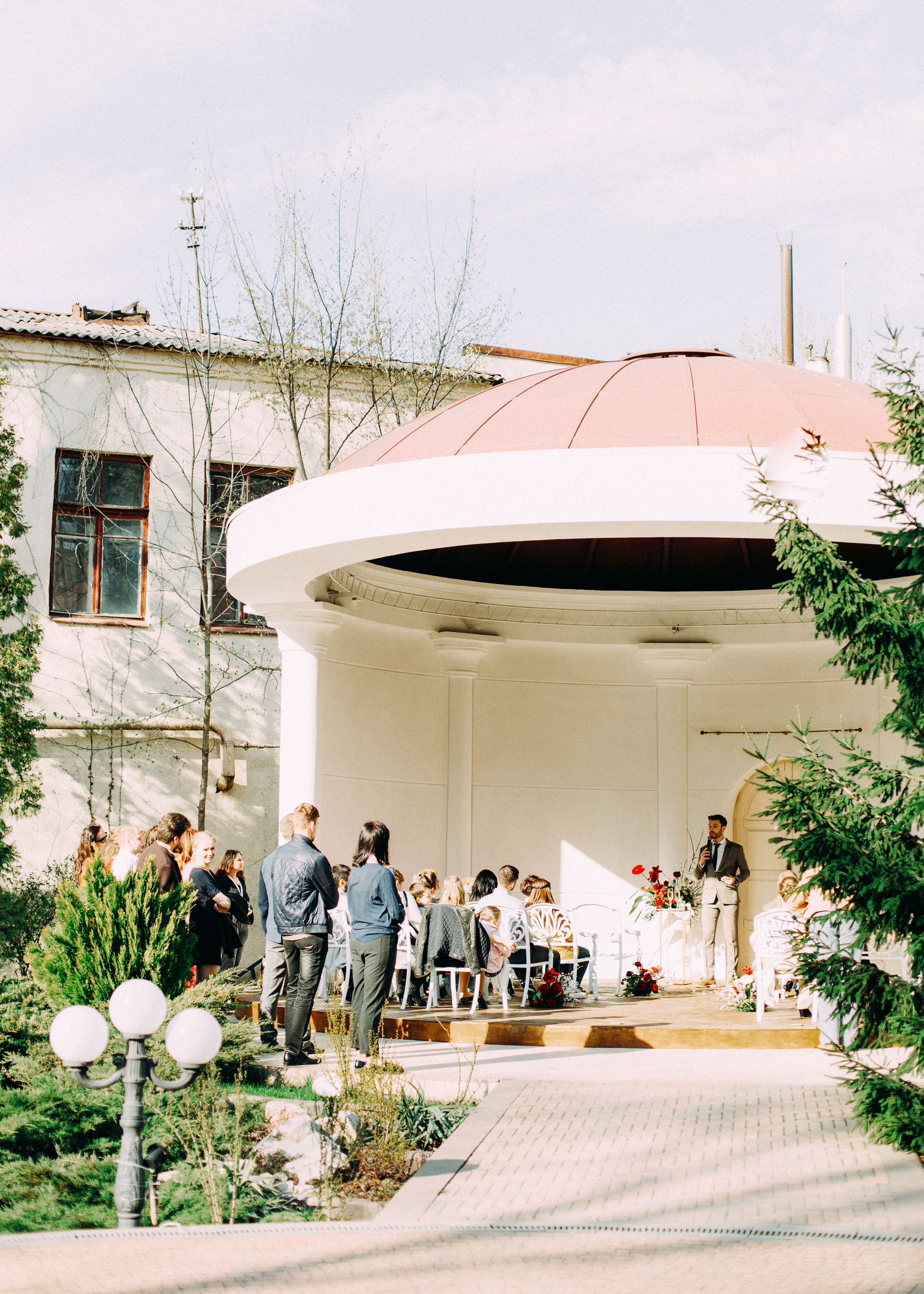 Restoran V Centre Harkova Horoshee Mesto Kitchen Bar
