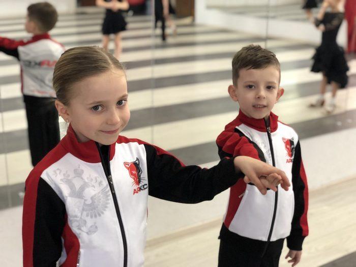 Костюмы для танцевально-спортивного клуба АЯКС