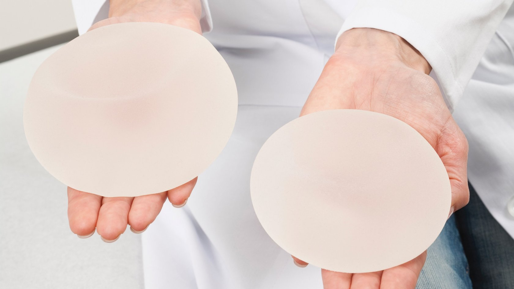 everything you need to know about breast implants Everything you need to know about reconstruction surgery for breast some potential risks of reconstruction with breast implants are: buildup of fluid in the breast.