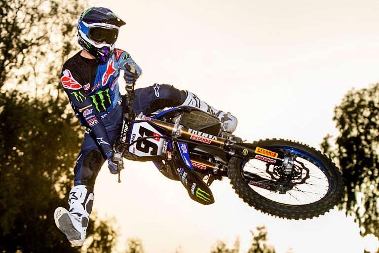 Джереми Сивер выигрывает Международный мотокросс во Франции 2021