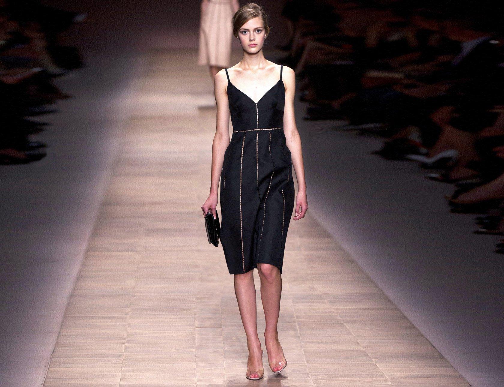 Платье классического стиля