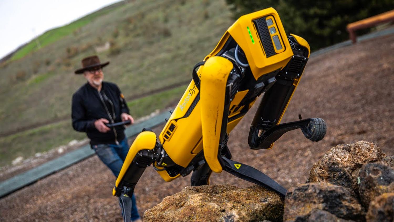 Что такое сильный искусственный интеллект, и ПОРАБОТИТ ли он человечество?