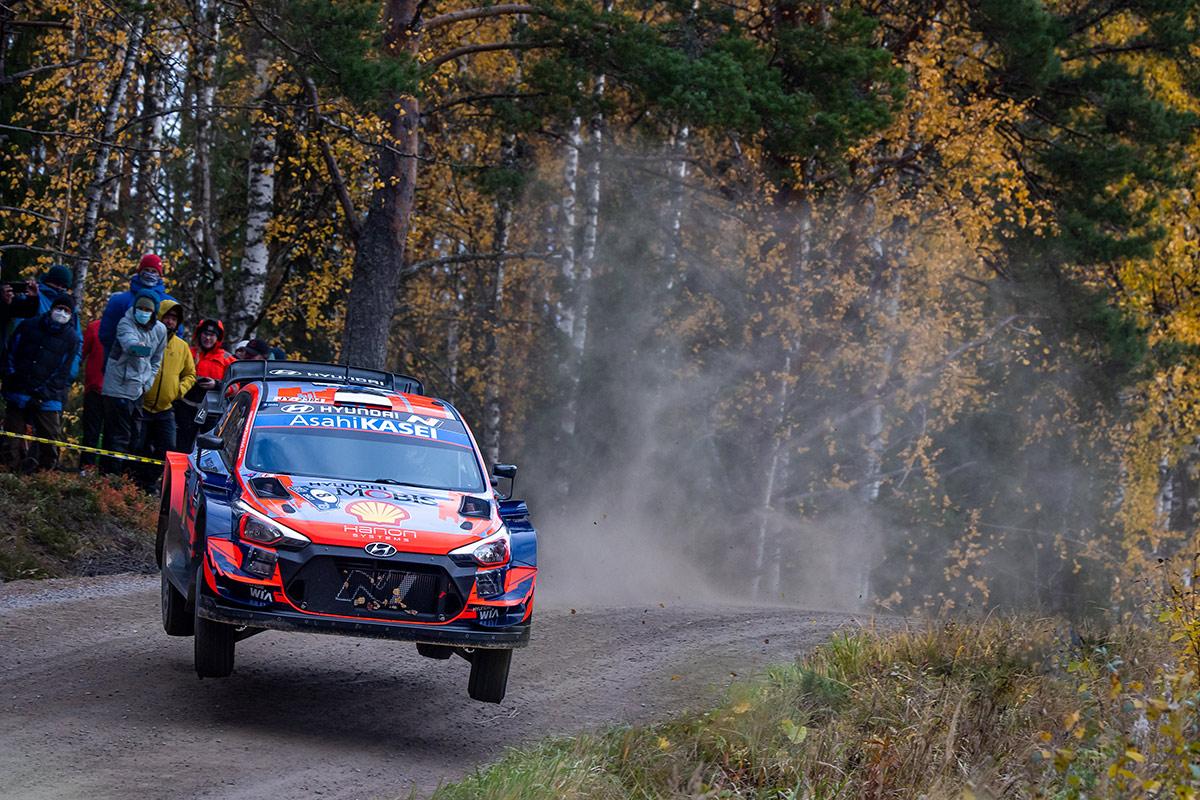 Отт Тянак и Мартин Ярвеоя, Hyundai i20 Coupe WRC, ралли Финляндия 2021