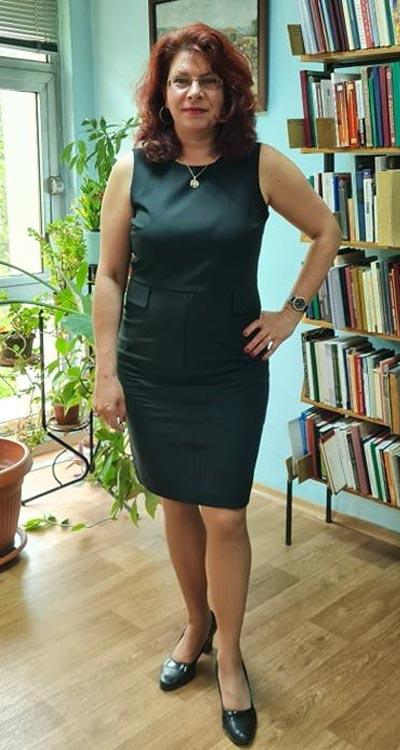 Клиентка на Ефреа с рокля