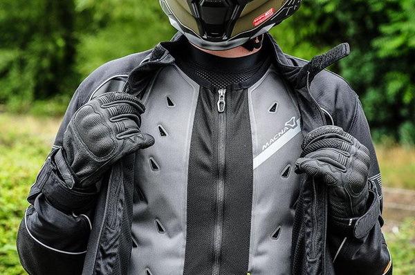 Охлаждающий жилет Macna для мотоциклистов