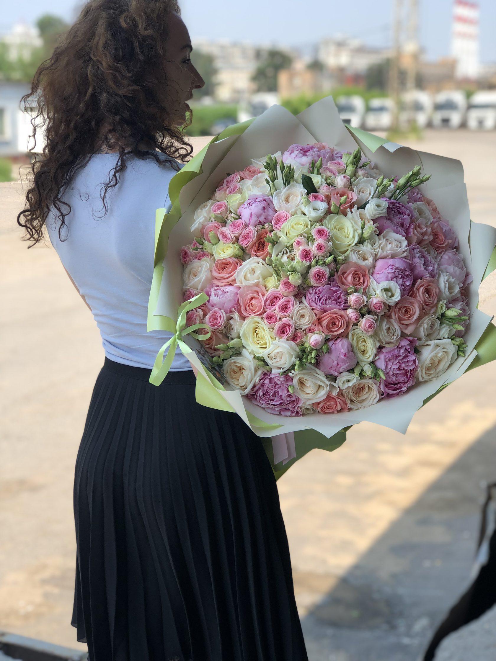 Букет невесты, предварительные заказ на букета цветов москва