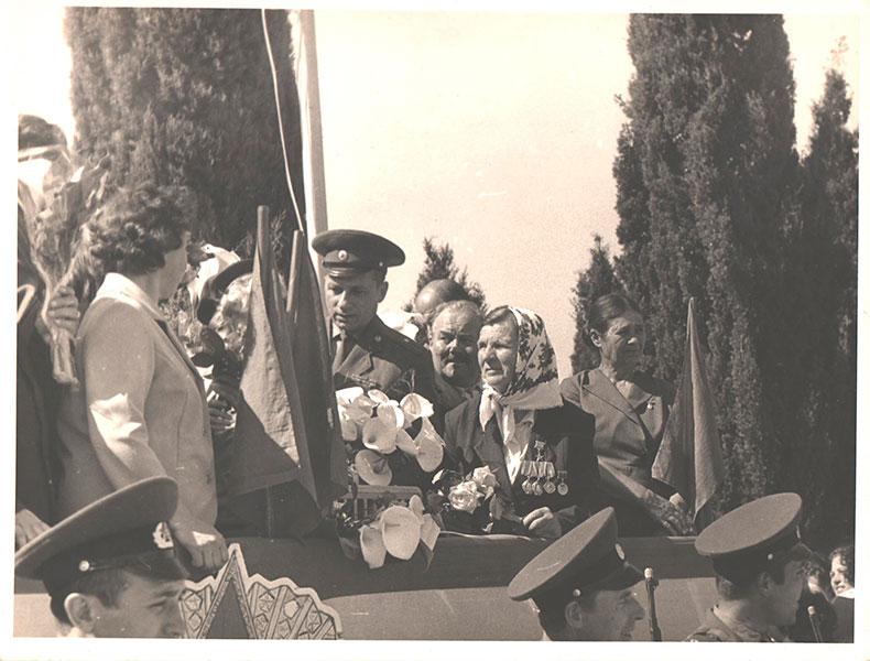 Празднование дня Победы в совхозе Россия