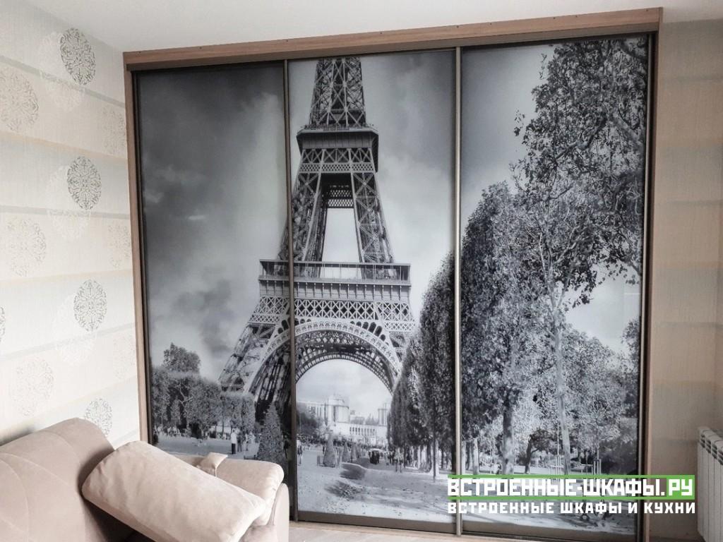 Шкаф купе с изображением эйфелевой башни на стекле