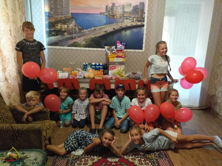 Шарийцы посетили детский дом семейного типа - фото