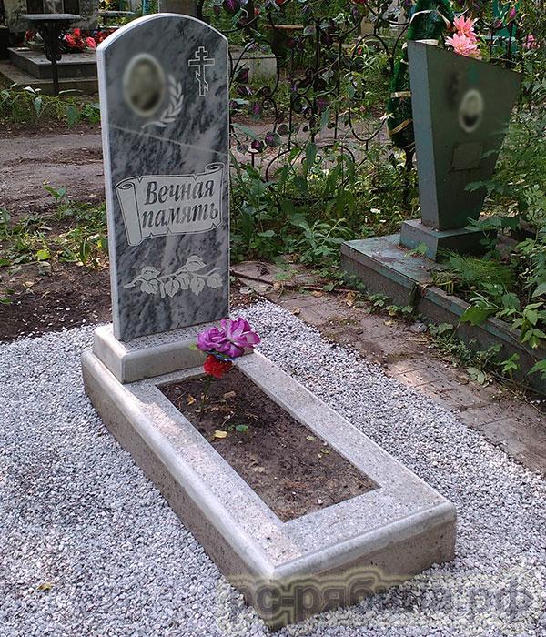 Купить памятники на кладбище я искала гранитные памятники в москве с установкой