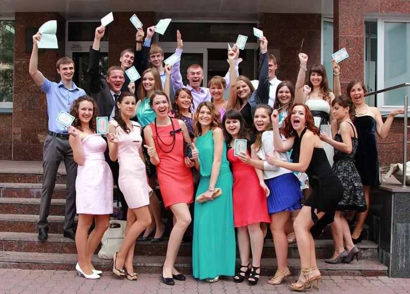 Картинки с выпускниками школ