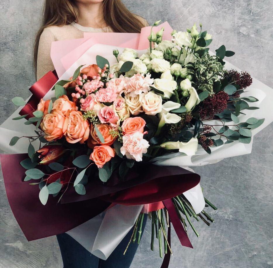 Купить букет цветов для девушки, можно купить