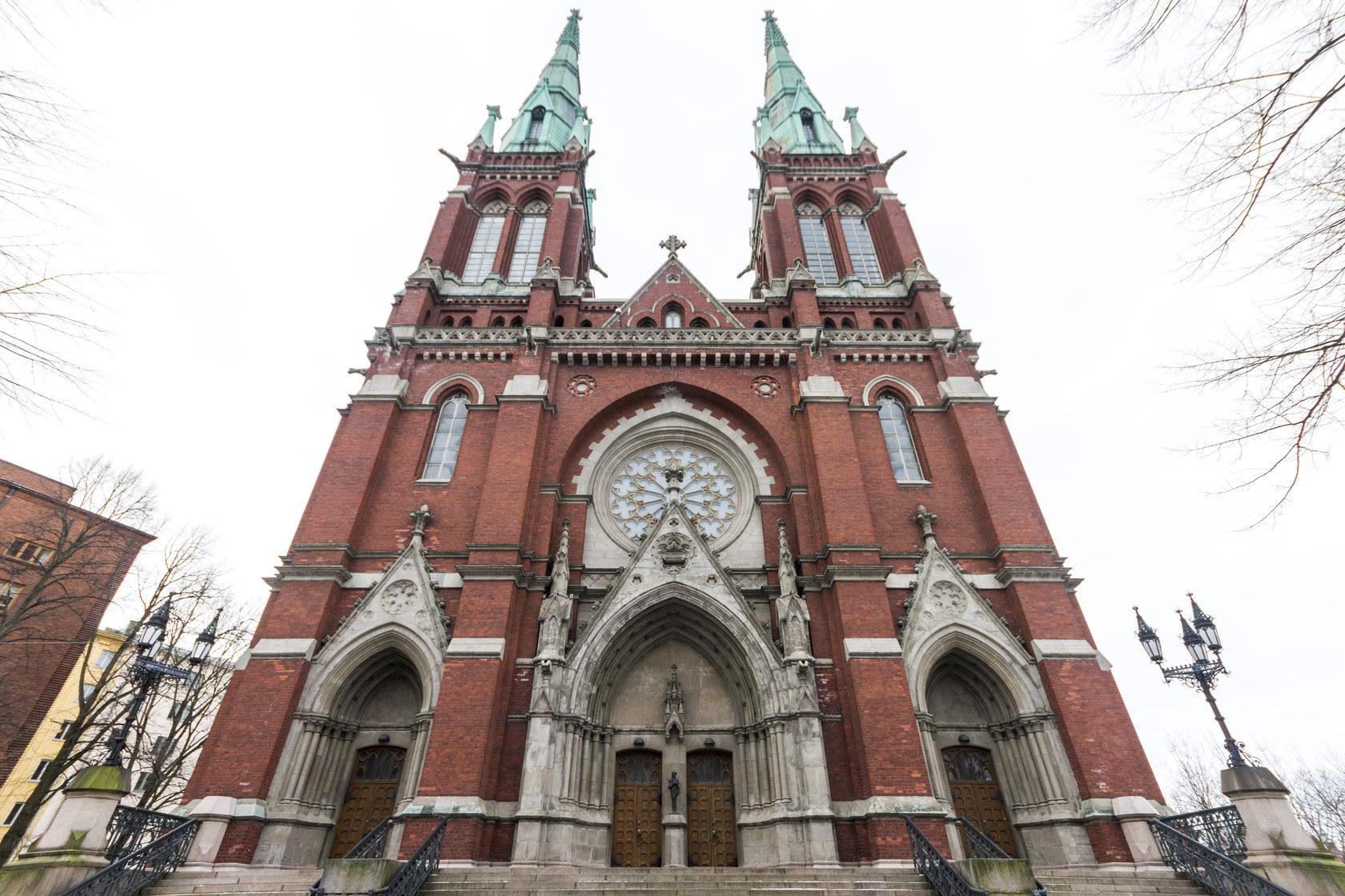 Церковь Святого Иоанна в Хельсинки - интересные места в Хельсинки